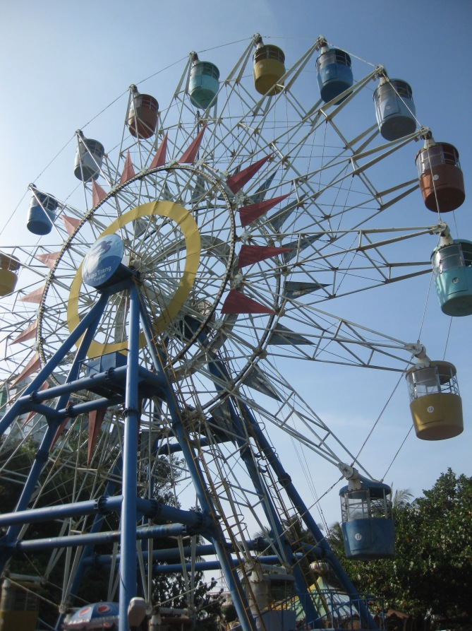 Nha Trang Ferris Wheel